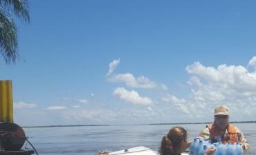 Prefectura asistió a familias afectadas por la crecida del río Paraná