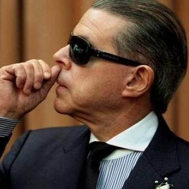 Carrió propone que los jueces denunciados no puedan renunciar