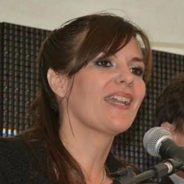 Denuncian por corrupción a la Intendente solidaria con su