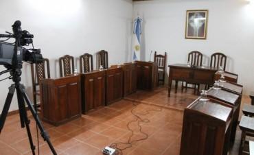 """Concejal Rodas: """"Mieres  le pone ruedas y se lleva el Municipio"""""""