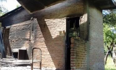 Incendiaron una vivienda en la zona rural