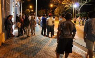 Municipales reclaman su aguinaldo al Intendente