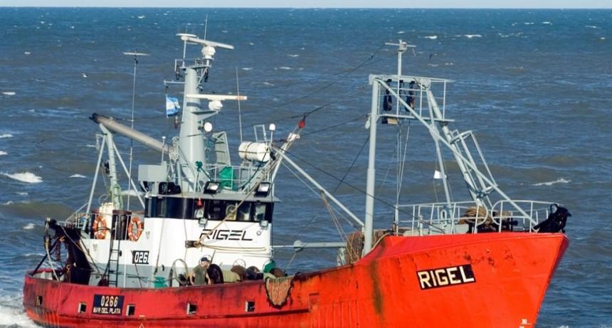Buque desaparecido: 32 barcos, dos helicópteros y un avión buscan al Rigel en medio de fuertes vientos