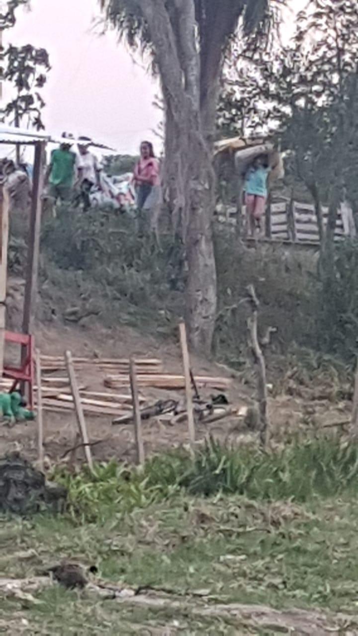 Disturbios y desalojo en terrenos ocupados